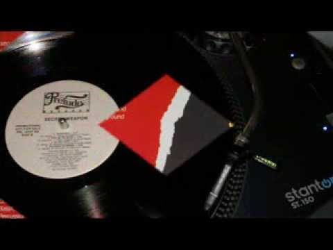 Secret Weapon, Must Be The Music (Funky Vinyl 1983) Full HD