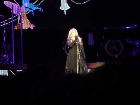 "Stevie Nicks ""If Anyone Falls"" (24k Gold Tour Live in Memphis, TN on 03-08-2017 at FedEx Forum)"