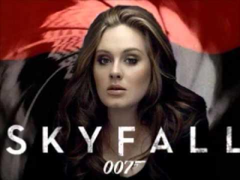 Skyfall Adelle 007