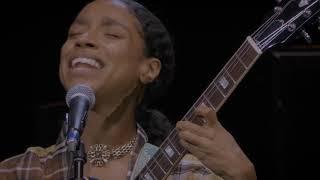 Lianne La Havas - I Say A Little Prayer [Eric Clapton's Crossroads 2019] (Official Live Video)