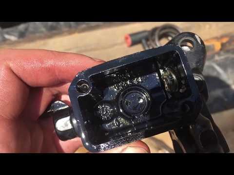 Ремонт, чистка тормозной машинки мотоцикла. Клинят тормоза BMW F650GS