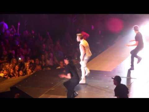 Justin Bieber  Somebody To Love 92912  Glendale, AZ HD
