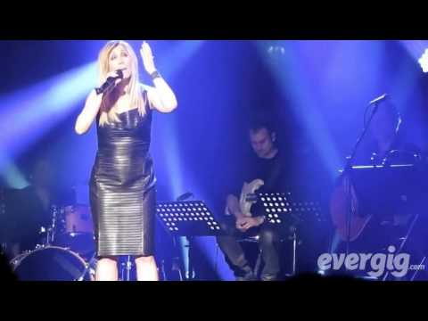 Le concert de Lara Fabian au Théâtre de Paris