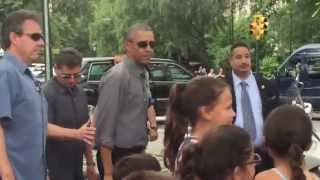 Obama meets my children at Central Park / Obama saluda a mis hijas en el Central Park!