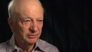 Holocaust survivor reunites with rescuer Mp3