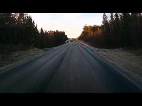 DASH CAM CAPTURE IDIOTNESS,FATAL LORRY CRASH   /IN SWEDEN ROADS E24