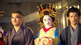 レッドカーペット「Fashion ダイジェスト」 美女優陣のDressとKimonoに注目|第二十六回 東京国際映画祭(TIFF 2014) 三津谷葉子 動画 15