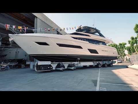 Luxury Yachts - Ferretti Yacht 780