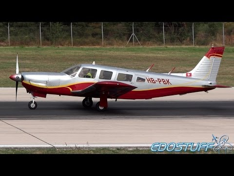 Piper PA-32R-300 Cherokee Lance HB-PBK - Close view Takeoff from Split airport SPU/LDSP