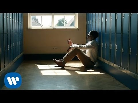 Thumbnail: Clean Bandit - Telephone Banking ft. Love Ssega [Official Video]