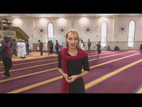 Australian mosques open doors to public
