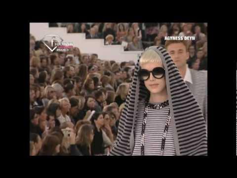 FashionTV - FTV.com - Models SS 07 Agyness Deyn