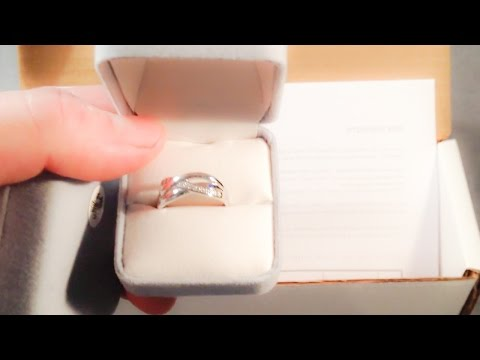 unboxing Sterling Silver CZ Ring from Walmart online