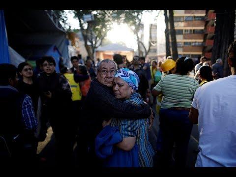 Powerful 7.2 quake rocks buildings in Mexico