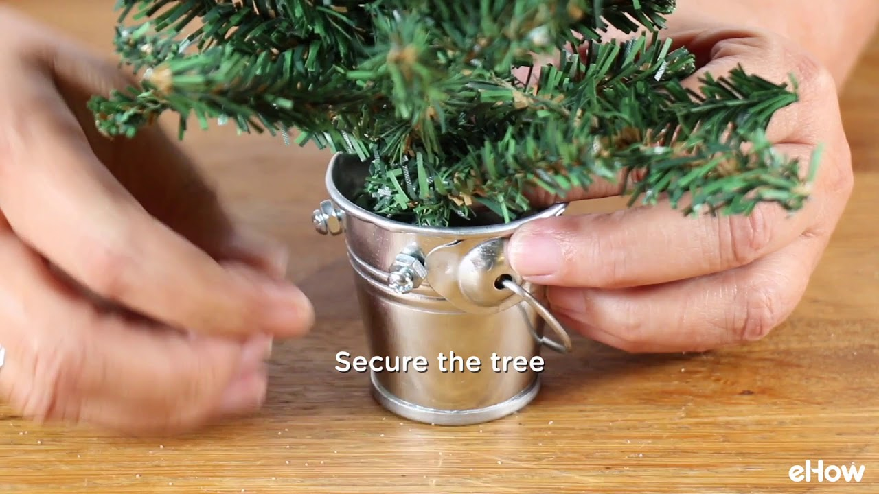 how to make your own christmas tree stand