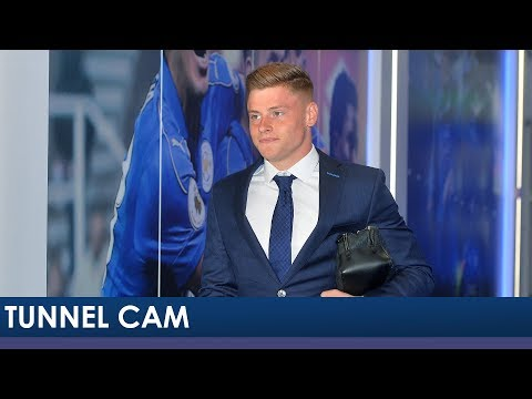 Tunnel Cam | Leicester City vs Arsenal | 2017/18