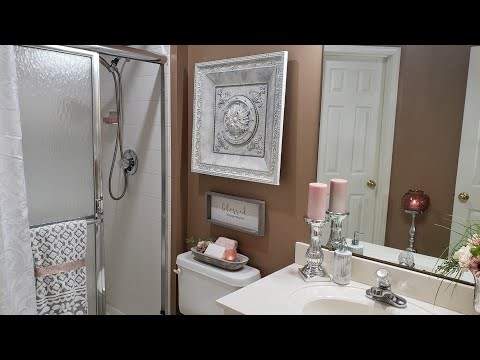 decorate-with-me/small-bathroom-refresh/-how-to-brighten-a-small-dark-bathroom/diy-wall-art