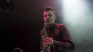 Смотреть клип Intelligency - She Says