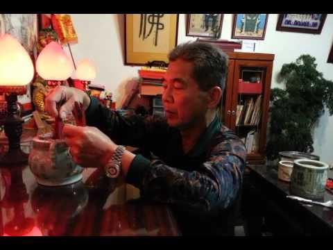 老爸過年清掃神明桌示範@宜蘭Part2_20130209