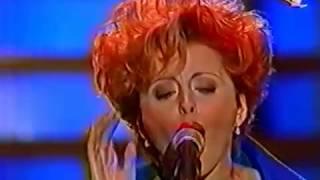 Анжелика Варум. Зимняя Вишня.  Песня года 1996.