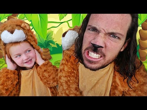 WE TURNED INTO LiONS!! Our Crazy Family halloween routine! we escaped the ZOO for CANDY!  