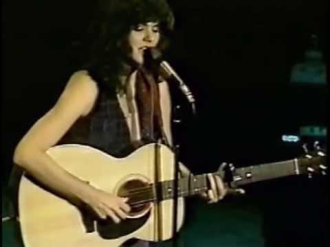 Linda Ronstadt In Atlanta   1977   07   It Doesn't Matter Anymore