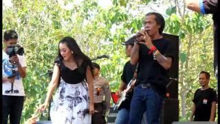 Birunya Cinta Voc. Elsa Feat Sodik MONATA Live Brengkok Lamongan 2016 by@udien UDF