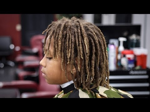 *MUST SEE* TRANSFORMATION BARBER TUTORIAL: MID FADE DREADS ON TOP