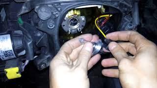 [91] Как заменить лампочку ближнего света на Scania