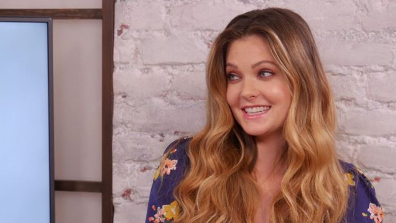 the bold type 39 s meghann fahy teases what 39 s to come for sutton sex the city comparisons more. Black Bedroom Furniture Sets. Home Design Ideas