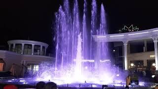 Кисловодский фонтан под греческую сиртаки и немного огня