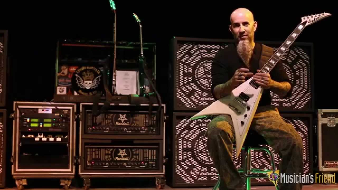 Scott Ian on the Randall Scott Ian Ultimate Nullifier Amp Head