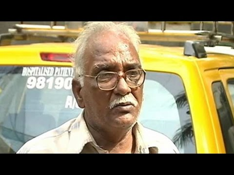 Mumbai engineer-turned-taxi driver ferries patients for free