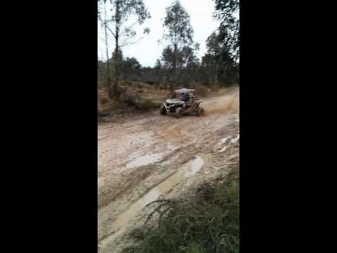 POLARIS RZR 1000 EN EL CIRCUITO OFF ROAD DE ADVENTURE FAMILY PARK Videos De Viajes