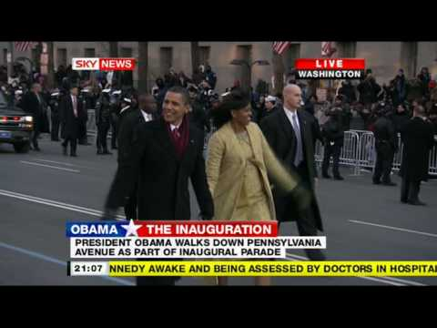 President Obama walks down Pennsylvania avenue during inaugural parade 2008 PART1 (16:9 HQ)
