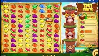 Tiki Fruits : une machine à sous au design spécial, avec des tas de symboles...