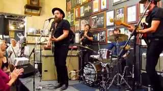 """Nathaniel Rateliff & the Night Sweats Live at Twist and Shout """"Trying So Hard Not To Know"""""""