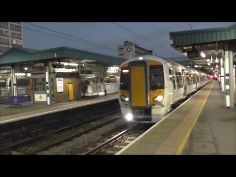 Trains @ Barking Railway Station - 22nd December 2016