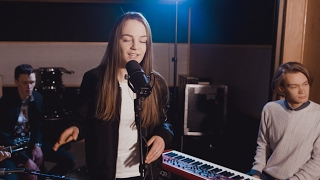 mkto classic cosmominds angelina aae cover