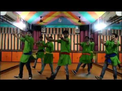 tung-tung-baje-|-singh-is-bliing-|-step2step-dance-studio