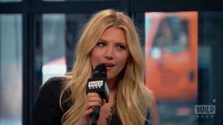 katheryn winnick stops by to talk about the dark tower vikings