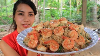 Yummy cooking fried rice with shrimp recipe - Cooking skill