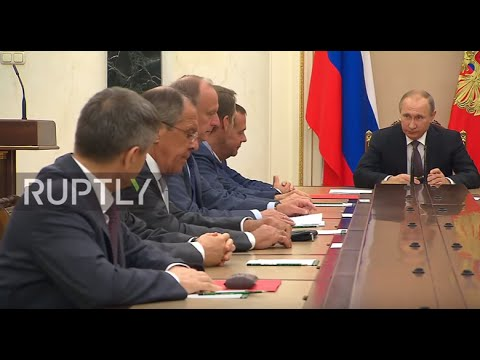 Russia: Putin chairs Security Council meeting on Crimea sabotage plot