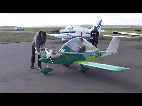 Premier vol cricri F PITI CRICRI MC15 Small Plane