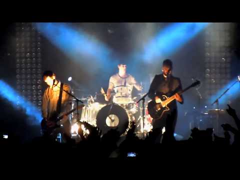 WHiTE LiES ~ Strangers (Live at Newcastle o2 Academy - 17/2/11)