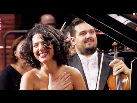Khatia Buniatishvili Plays Schumann Piano Concerto, Conducted By Zubin Mehta