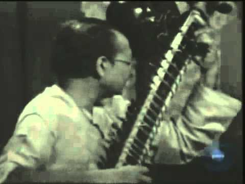 Raag Maluha Kalyan by Pandit Nikhil Banerjee and Pandit Anindo Chatterjee on Tabla