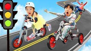 무한 변신 자전거 타고 학교에 가요! 킥보드 자전거 무한 변신 인펜토 자전거 Kids Go To School Ride-On Toy