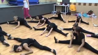 Танцы для подростков. Видео обучение(Великолепный шанс для Вас: http://good-365.ru/dance/obuchtan.html Обучение танцам от профессионального хореографа доступно..., 2014-11-01T09:52:24.000Z)