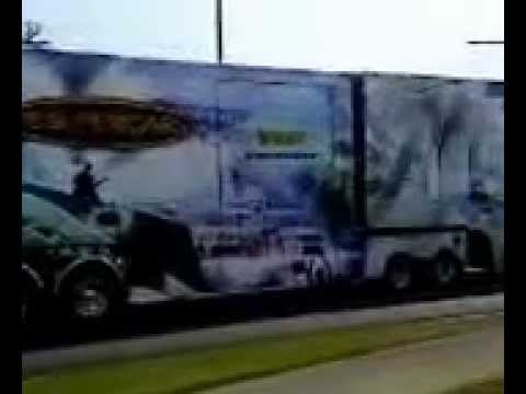 Truck convoy V8 supercars Townsville